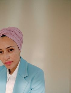 Exclusive: June 2018 cover star Zadie Smith weighs in on the great age debate Angel Williams, Zadie Smith, People Of Interest, Elle Magazine, Close My Eyes, Almost Always, African Beauty, Looks Style, Daily Look