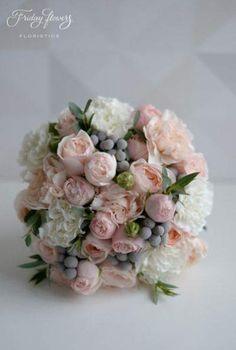 Trendy Ideas For Wedding Bouquets Unique Brides Boquette Wedding, Elegant Wedding, Bride Bouquets, Floral Bouquets, Rose Wedding Bouquet, Wedding Flowers, Winter Bouquet, Gris Rose, Flower Arrangements