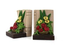 Vintage Floral Bouquet Bookends made of by CreekLifeTreasures #Chalkware #Floral #Bookends