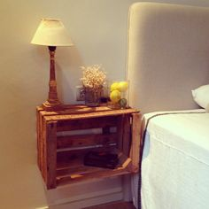 Best and Creative Pallet Patio Furniture Projects ideas - Sensod - Create. - - Best and Creative Pallet Patio Furniture Projects ideas - Sensod - Create. Pallet Patio Furniture, Crate Furniture, Furniture Projects, Home Projects, Crate Nightstand, Bedside Tables, Palette Deco, Pallet Side Table, Wood Crates