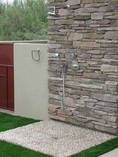 pool and outdoor shower a MUST Outdoor Pool Shower, Outdoor Dog, Outdoor Living, Backyard Projects, Backyard Patio, Backyard Landscaping, Dog Bathing Station, Outside Showers, Outside Dogs