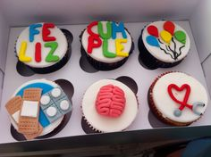 Caja de Cupcakes *6 feli cumple médico