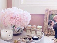 couleur-chambre-adulte-deco-romantique-pivoines