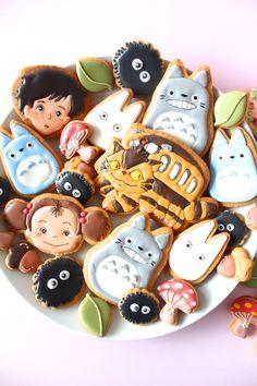 My neighbor Totoro icing cookies. となりのトトロのアイシングクッキー