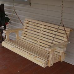 Woodworking Bench DIY Porch Swing Bench with Cup Holder - Comments comments Bench Swing, Swing Seat, Patio Swing, Porch Swing Pallet, Wooden Swing Bench, Farmhouse Porch Swings, Porch Swings Plans, Octagon Picnic Table, Build Your Own Garage