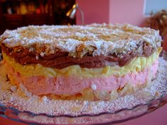 Dragostea in bucate: TORT TRIO CREMES Homemade Food, Sweet Tooth, Sandwiches, Sweet Treats, Food And Drink, Pie, Desserts, Recipes, Torte