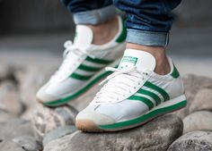 new product 51c07 39473 adidas Originals Country OG Adidas Country, Adidas Sl 72, Adidas Runners,  Discount Sneakers