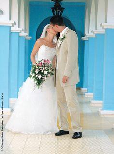 DIY-Fotoideen für Eure Hochzeit! Neue Trends, Wedding Dresses, Fashion, Pictures, Small Canvas, Large Canvas, Newlyweds, Celebration, Bride Dresses