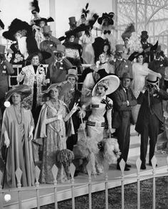HAPPY DERBY DAY!  Love this old picture of the Kentucky Derby. It's all about the HATS!