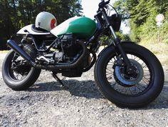 Moto Guzzi V65 Coffee Shop Moto Guzzi, Coffee Shop, Motorcycle, Vehicles, Shopping, Coffee Shops, Coffeehouse, Motorcycles, Car