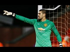 Victor Valdes frist debut for Manchester United vs U21s Liverpool