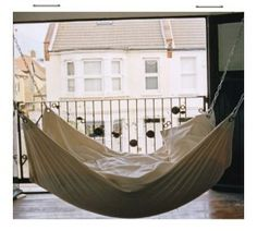 24 Dreamy Day Bed Ideas | Hanging Porch Beds - this one looks so comfy!!!