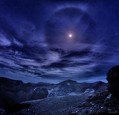 Twitter / KAGAYA_11949: 今年は、富士山麓に何十日も通いました。全天映像作品「富士の星 ...