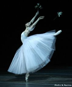 vaganovaboy:    thedailyballet:    Olesia Novikova in Giselle.  Photo by Natasha Razina.    I LOVE HER SO MUCH