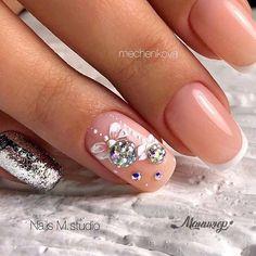 50 Beautiful Stylish and Trendy Nail Art Designs for Christmas Chistmas Nails, Xmas Nails, Holiday Nails, Disney Christmas Nails, Stylish Nails, Trendy Nails, Fancy Nails, Cute Nails, Lynn Nails