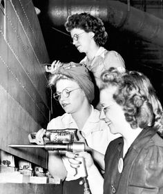 """Women during WWII, ( Tribune archive photo ) With millions of men inducted into the armed forces during World War II, women flooded into factories to do """"men's work"""" here at home. 1940s Photos, Vintage Photos, Ww2 Women, Rosie The Riveter, Before Us, Photos Of Women, Working Woman, Women In History, Ancient History"""