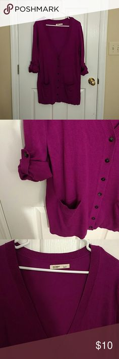 EUC Orchid Purple Old Navy Button-Down Cardigan This is an old navy cardigan in orchid purple size small. I only wore it once or twice and it's in excellent used condition. There's a small amount of fabric piling on the back right side (photoed), but it could be taken off easily with a piling clean up tool - mine didn't work right now. Let me know if you have questions. Old Navy Sweaters Cardigans