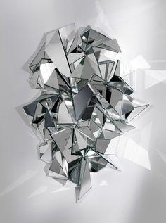 Sans 90 degré Miroir froissé © Mathias Kiss (Galerie Armel Soyer)