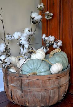 Diy fall farmhouse decorating ideas (25)