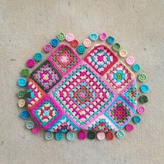 granny square crochet purse, crochetbug, granny square bag, crochet squares