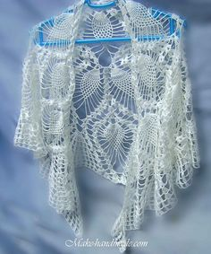 Free Pattern  love, love, love--what a gorgeous wedding shawl this would make
