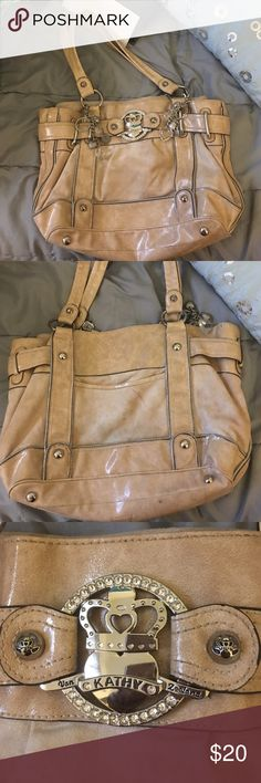 A beige Kathy can zeeland handbag It is a beige Kathy van zeeland handbag that is looking for a new home it slightly used but it's in great condition Kathy Van Zeeland Bags Shoulder Bags