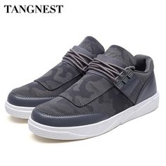 c61695edaa77 Tangnest 2018 New Men Canvas Shoes Breathable Slip On Casual Shoes  Comfortable Flats Non-slip