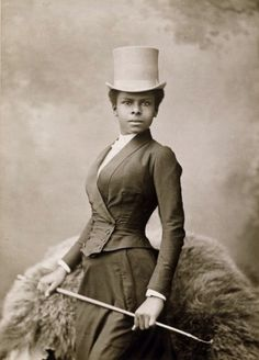 "collective-history: "" Equestrian Selika Lazevski in riding habit, by Felix Nadar "" Vintage Black Glamour, Vintage Beauty, Victorian Women, Victorian Era, Victorian Photos, Victorian Portraits, Victorian Fashion, Edwardian Era, Victorian Outfits"