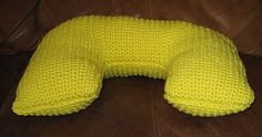 Ravelry: Neck Pillow pattern by PurpleIguana