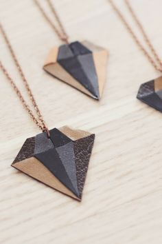 DIY: Leather diamond