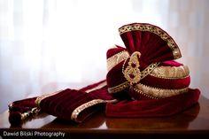 Elegant indian groom turban http://www.maharaniweddings.com/gallery/photo/126963