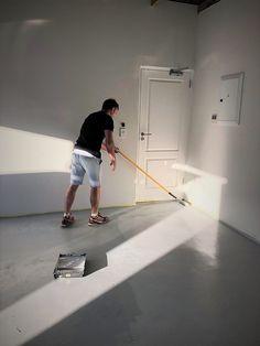Alcolin Contractors Acrylic Promotion Alcolin Water Based Epoxy Floor Paint Protective water-based t Down Blanket, Heavy Blanket, Home Design, Interior Design, Epoxy Floor Paint, Best Dining, Painted Floors, Vinyl Flooring, Outdoor Rooms