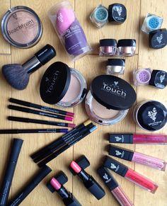My younique younique, makeup backgrounds y makeup. Younique Party Games, Makeup Backgrounds, Love My Makeup, Pinterest Makeup, 3d Fiber Lash Mascara, Younique Presenter, Beauty Boutique, Tips Belleza, Beauty Makeup