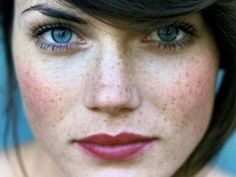 Perfect #make_up for freckles