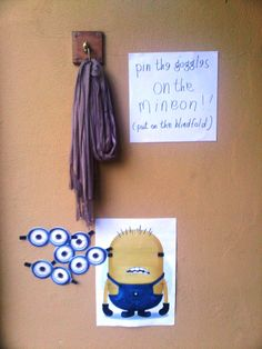 Despicable Me Party - Pin the goggles on the mineon!