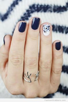 9 classy office nails designs to wear all year Chic Nail Designs, Orange Nail Designs, Winter Nail Designs, Navy Nail Designs, Hair And Nails, My Nails, Dark Blue Nails, Blue Gel Nails, Gold Nails
