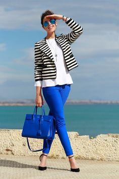 Royal blue pants, white shirt, black and white stripe shirt, black shoes Work Fashion, Modest Fashion, Fashion Looks, Fashion Outfits, Womens Fashion, Cheap Fashion, Fashion Ideas, Fashion Trends, Casual Wear