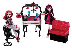 Monster High Die-Ner Playset With Draculaura and Exclusive Operetta Doll