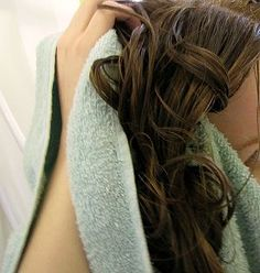 How to Scrunch Hair: 7 steps (with pictures) - wikiHow