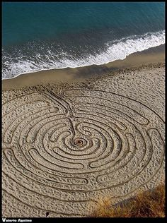 "Sand Art by Jim Denevan - ""Labyrinth"""