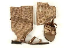 Summer sandals in safari style
