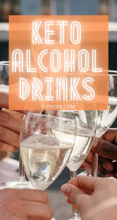 Love to enjoy a drink or two this summer but you are following a keto diet? While not everyone can tolerate alcohol on a low-carb ketogenic diet and keep the body in ketosis, if you have the tolerance, here are the 30+ low-carb alcoholic drinks that are keto friendly. Easy Diets To Follow, Macro Calories, Keto Diet Review, Diet Dinner Recipes, Keto Diet Breakfast, Diet Reviews, Ketogenic Diet Meal Plan, Diet Chart, Keto Diet For Beginners