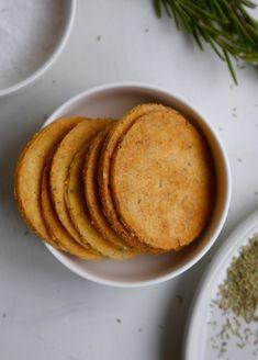 Salte kikærtekiks med rosmarin (SPRØDHEDSGARANTI!)2
