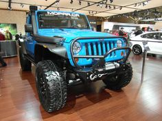 Auto show 2012 The big Jeep Wrangler Lifted Jeep Rubicon, 2012 Jeep Wrangler, Lifted Jeeps, Jeep Dodge, Jeep Tj, Bug Out Vehicle, Jeepers Creepers, Dodge Chrysler, Jeep Wranglers