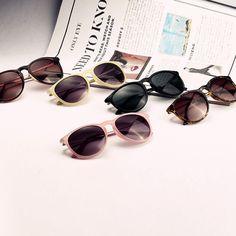 armações de óculos com cristais baratos, compre óculos de sol do partido de qualidade diretamente de fornecedores chineses de óculos feitos.