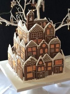 Gingerbread+Village+Wedding+Cake+-+Cake+by+Tortebella