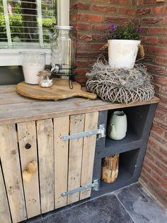 Outdoor Cupboard, Outdoor Bbq Kitchen, Outdoor Oven, Balcony Furniture, Weekend House, Small Garden Design, Outdoor Living, Outdoor Decor, Outdoor Projects