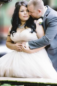 21 curvy and bigger brides who nailed their wedding dress | You & Your Wedding