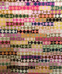 How cool was QuiltCon 2018? Barbara Brackman made the trip from Missouri to California to check it out. Moda was there as an Exhibitor, showcasing Vanessa Christenson of V & Co. and her Ombrés – the