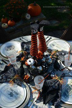8 Best Halloween Table images  c0383f50e77e